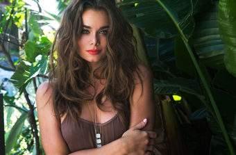 Top Swimwear Model Dessie Mitcheson