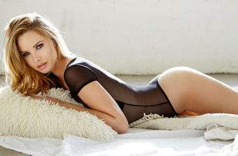 Top Lingerie Model Tiffany Toth